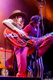Matthew Paige -voz y guitarra- y Dylan Whitlow -bajo- de Blackfoot Gypsies (Kafe Antzokia, Bilbao, 2017)