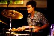Nagore Etxabe, baterista de Joseba B. Lenoir (Hika Ateneo, Bilbao, 2018)