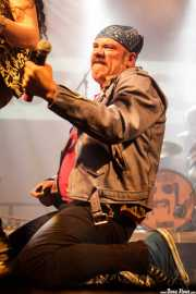 Robertez, cantante y armonicista de  Motociclón (Santana 27, Bilbao, 2018)