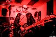 María Medina -batería-, Álvaro Brutus -voz y guitarra- y Rudy Mental -guitarra- de Morraia (Shake!, Bilbao, 2018)