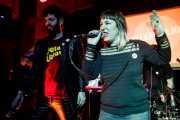 Char-Lee Mito -voz- y Sophie Pell -voz- de Villapellejos (Hika Ateneo, Bilbao, 2018)