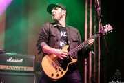 Guilherme Rujao, cantante y guitarrista de Los Pepes (FuzzVille - Magic Robin Hood Resort, Alfaz del Pi, 2018)