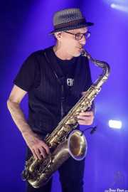 Javier Alzola, saxofonista de Fito y Fitipaldis (Bilbao Exhibition Centre (BEC), Barakaldo, 2018)
