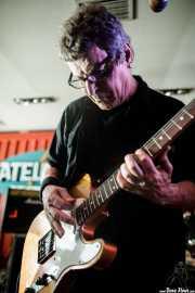 Richard Holgarth, guitarrista de Eddie and the Hot Rods (Satélite T, Bilbao, 2018)