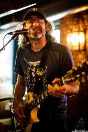 Danny Methric, cantante y guitarrista de The Muggs (Crazy Horse , Bilbao, 2018)