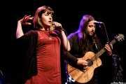 """Inés Goñi -voz- y Aitor """"The Malamute"""" Zorriketa -guitarra- de Mississippi Queen (Sala BBK, Bilbao, 2018)"""