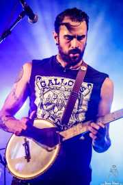 "Guillermo Santibáñez ""Will"", guitarrista, banjista y cantante de Mud Candies (Aste Nagusia - Euskalgune, Bilbao, 2018)"