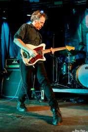 Jason Victor -guitarra- y Ric Menck -batería- de Matthew Sweet (Palacio Euskaduna Jauregia, Bilbao, 2018)