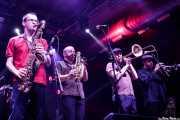 Willy Kalambres Wallace -saxo-, Mihail Goldfingers -saxo y flauta-, Art LaRock -trombón- y Sweet Stepanopoulos -trompeta- de The Cherry Boppers (Santana 27, Bilbao, 2018)