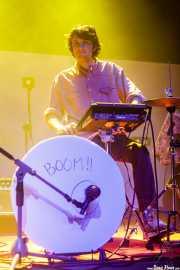 Aleix Andorrà, baterista y teclista de EJ Marais (Kafe Antzokia, Bilbao, 2019)