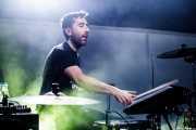 Igor Escudero, baterista de Delorean (Kafe Antzokia, Bilbao, 2019)