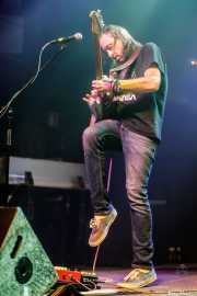 Isaiah Mitchell, guitarrista y cantante de Earthless (Kafe Antzokia, Bilbao, 2019)