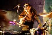 Jessica Goodwin, baterista de Glam Skanks (Nave 9 (Museo marítimo), Bilbao, 2019)