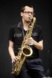 Willy Calambres, saxofonista de Micky & The Buzz (Azkena Rock Festival, Vitoria-Gasteiz, 2019)