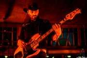 Charlie Lajueiro, bajista de Los Duques de Monterrey (Azkena Rock Festival, Vitoria-Gasteiz, 2019)