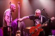 Fishgutzzz -contrabajo- y Mikey Classic -voz y guitarra- de The Goddamn Gallows (Kafe Antzokia, Bilbao, 2019)