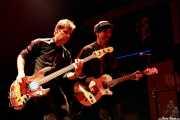 Ken Fox -bajo y voz- y Keith Streng -guitarra y voz- de The Fleshtones (Kafe Antzokia, Bilbao, )