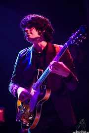 Roi Fontoira, cantante y guitarrista de The Allnight Workers, Kafe Antzokia. 2013