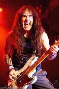 Steve Harris, de Iron Maiden 27V03 por Dena Flows