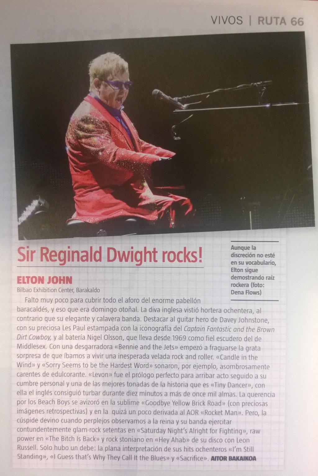 Captura de la crónica y foto de Elton John en Ruta 66 (diciembre de 2014)