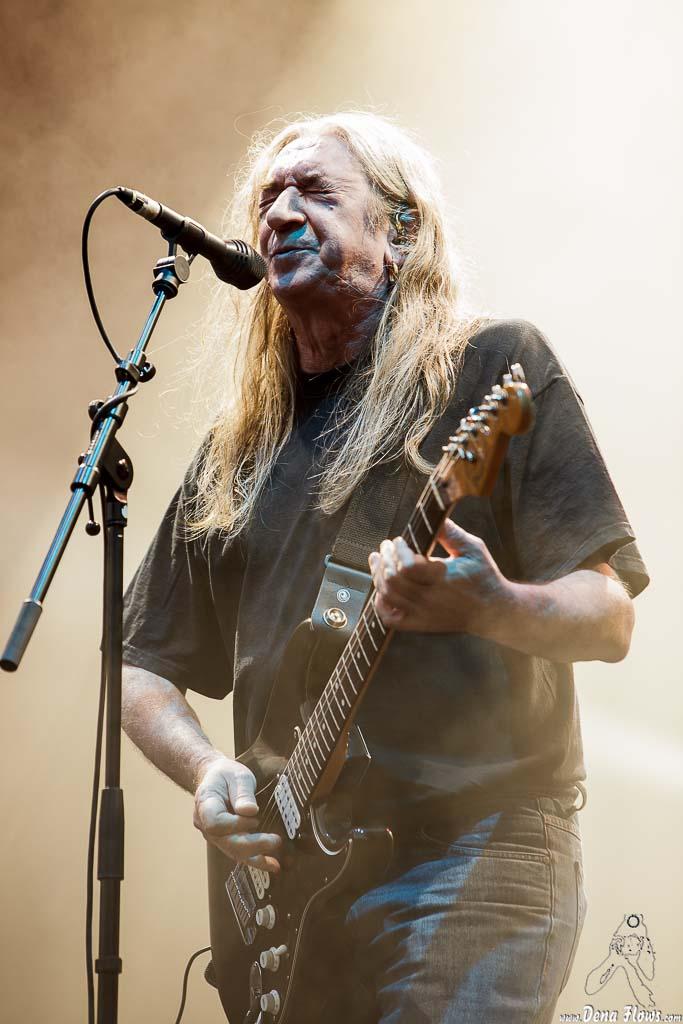 Rosendo-cantante-y-guitarrista-Músicos-en-la-naturaleza-2014
