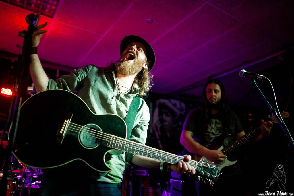 James Room & Weird Antiqua, Santana 27 (Fever Club), Bilbao, 3/V/2017
