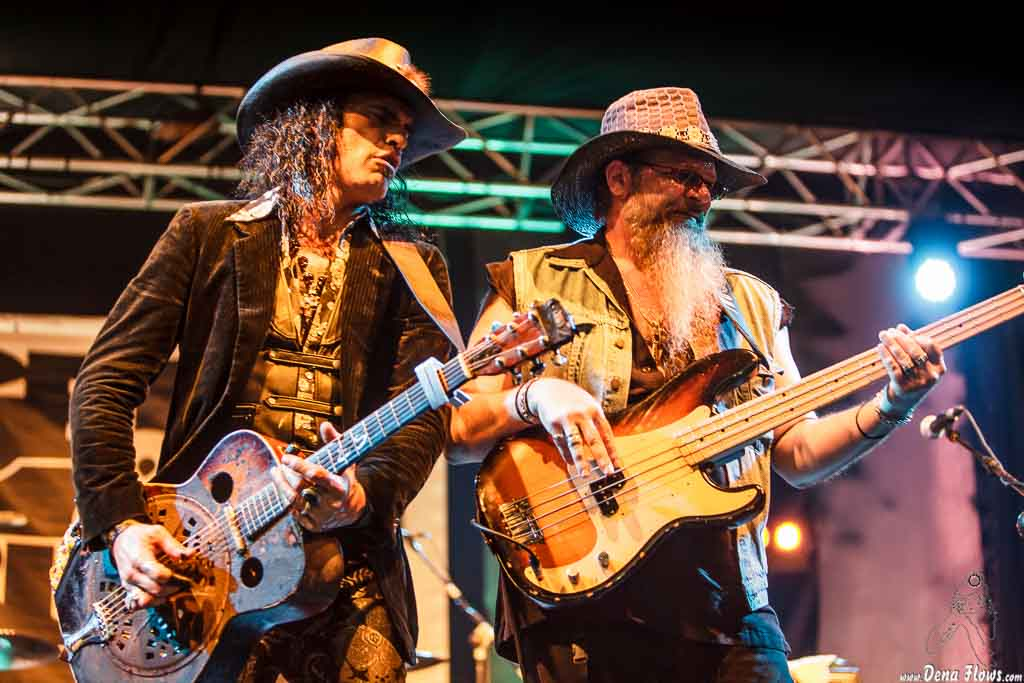 Eric Sardinas & Big Motor, Festival Internacional de Blues de Getxo 2015, Biotz Alai Plaza, Algorta, 18/VII/2015