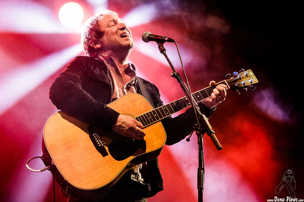 Simon Fowler, cantante y guitarrista de Ocean Colour Scene, Mundaka Festival 2017, Santa Katalina, Mundaka, 29/VII/2017